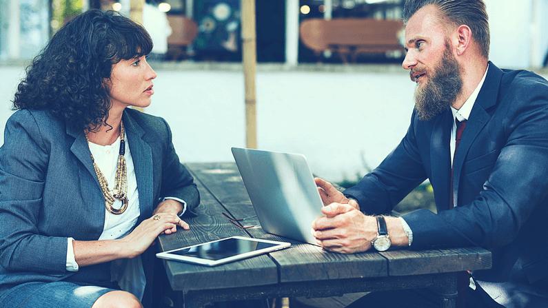 Wie du immer wieder Klienten bekommst, die für dein hochpreisiges Coaching Angebot bezahlen